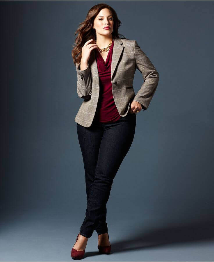Go ahead and check our best options for the best business clothes for plus size ladies. For more business clothing ideas go to snazzylair.com